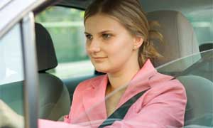 templatepanic web template - woman driving car safely