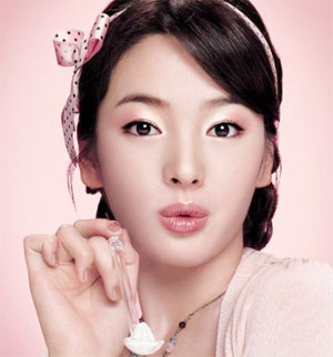 beautiful and look young song hye kyo